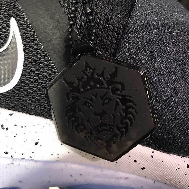 Nike LeBron 14 Black White Packaging Hang Tag