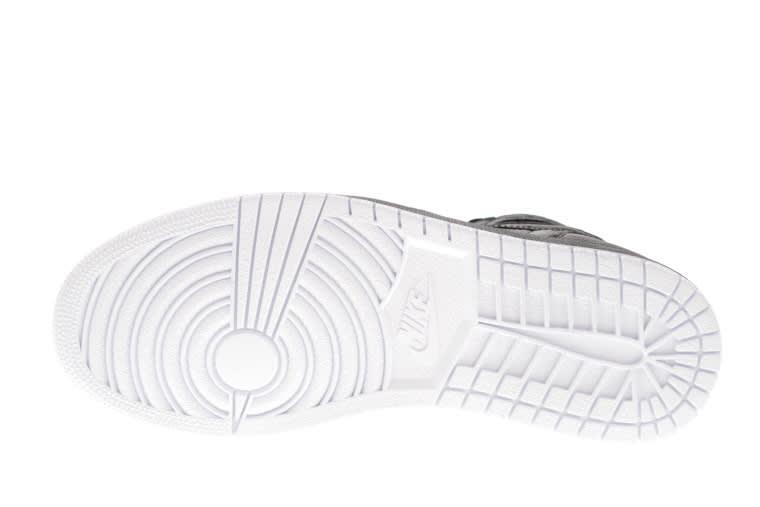 """Air Jordan 1 """"Black Perforated"""" bottom"""