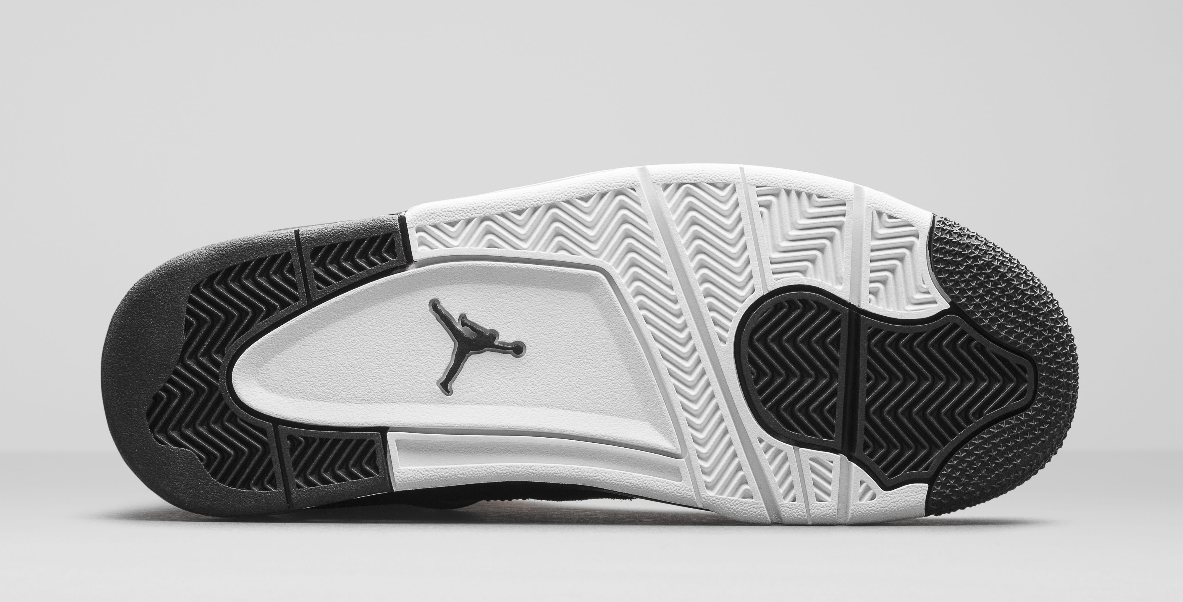 06706a335e75a8 Image via Nike Air Jordan 4 Royalty 308497-032 Sole