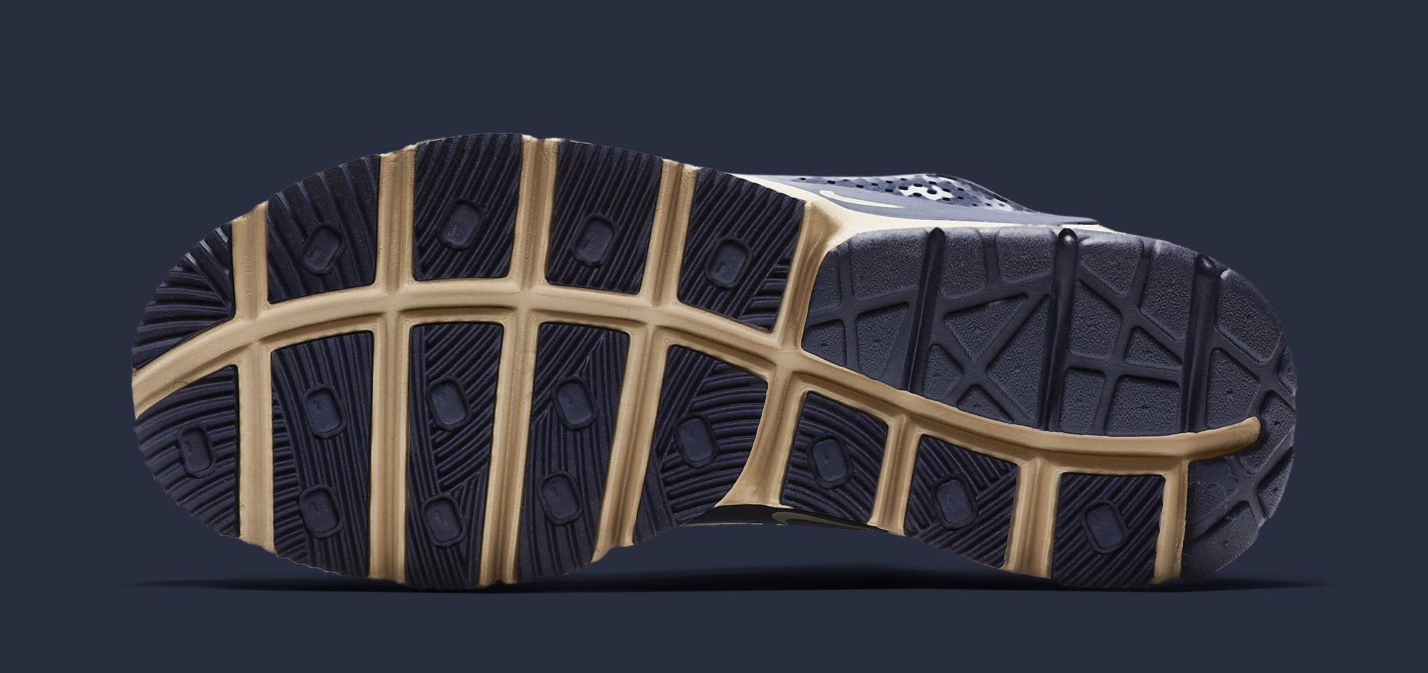 Stone Island Nike Sock Dart 910090-400 Sole