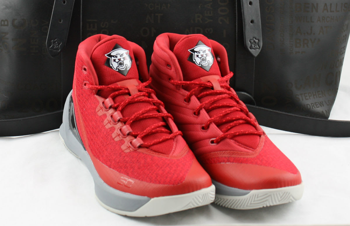 Under Armour Curry 3 Honor Code Pack Front