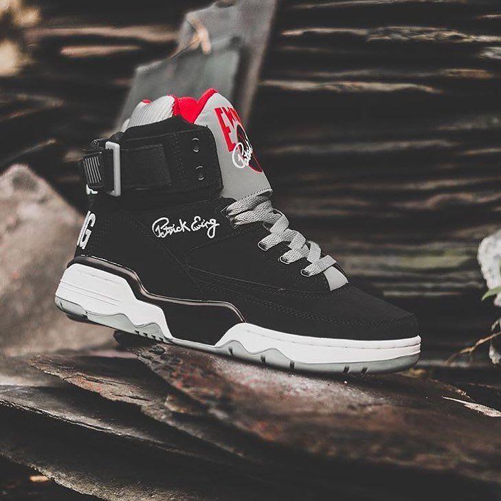 Ewing 33 Hi Black/Grey-Red Side