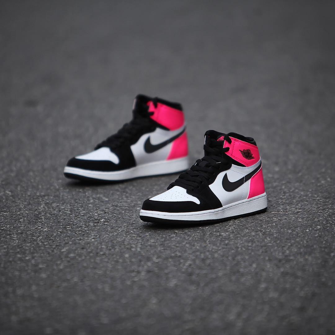 Air Jordan 1 Valentine's Day Black Pink Release Date 3M 881426-009 (5)