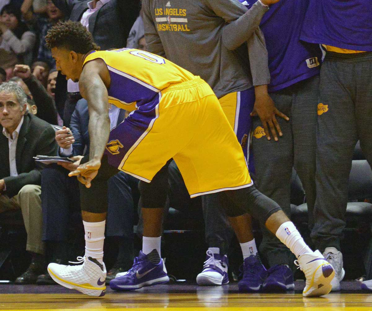 Nick Young wearing the 'Lakers' Nike Kobe 3