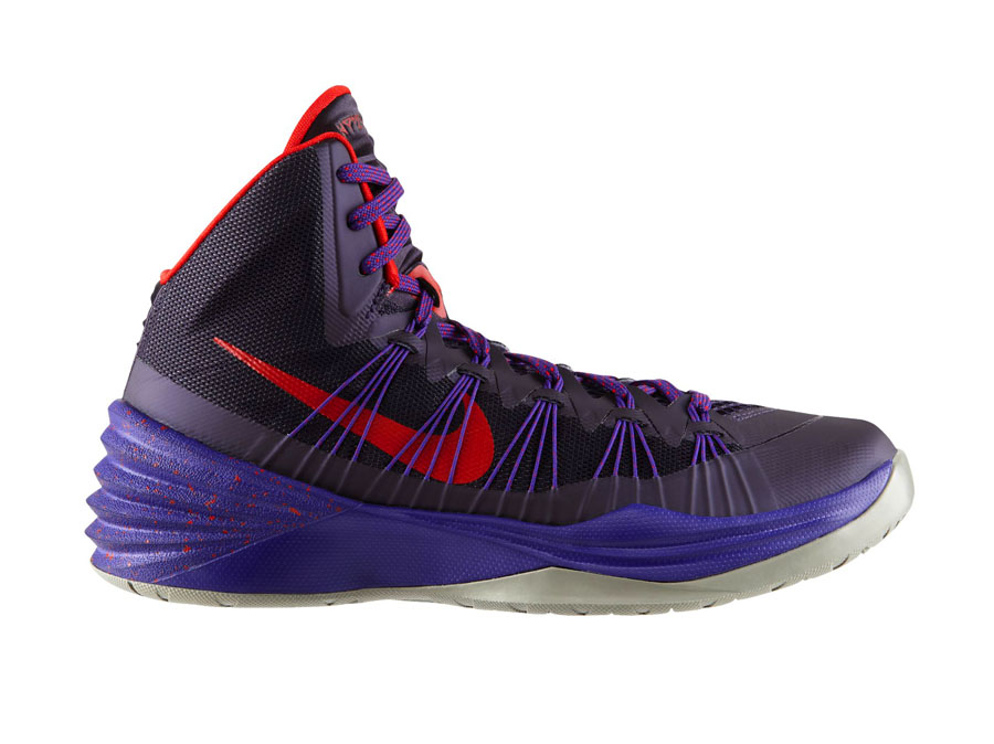d7ac6ebb99c9 A new colorway of the Hyperdunk 2013 that calls to mind the NBA s Canadian  team.