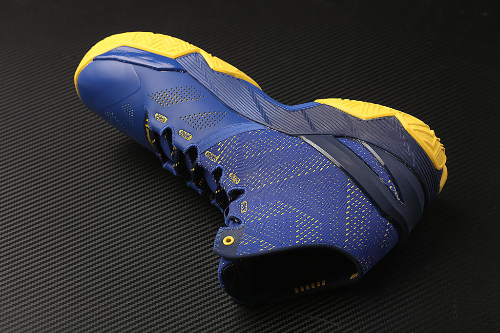 reputable site 0cd4e 7d881 Dub Nation Gets Its Own Under Armour Curry Two   Sole Collector