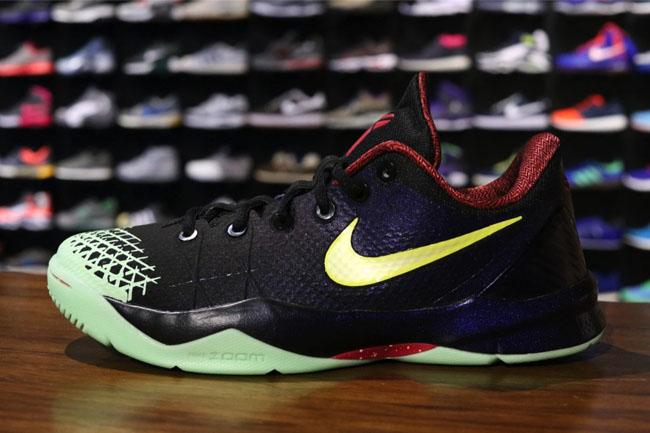 1430133dd0c1 Nike Zoom Kobe Venomenon 4