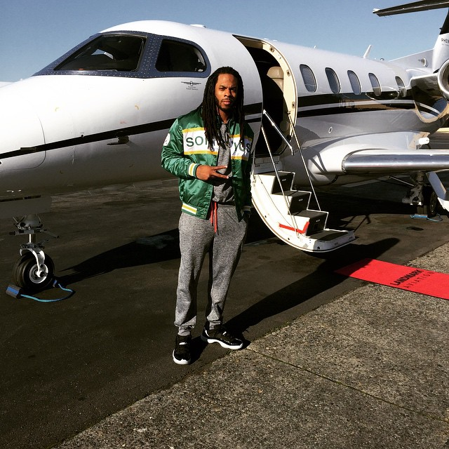 Richard Sherman wearing Air Jordan XI 11 Low Infrared 23