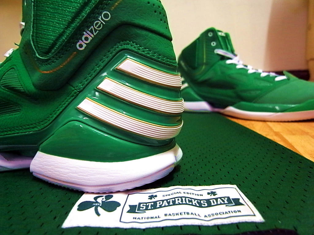 cdf11e4c505 adidas adiZero Rose 2.5 St. Patrick s Day Fairway White Gold G49930 (10)