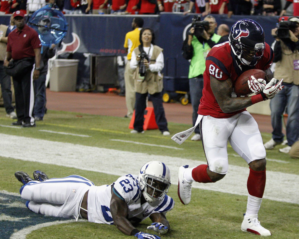 Andre Johnson Wearing Air Jordan 12 XII White/Red PE Cleats (8)