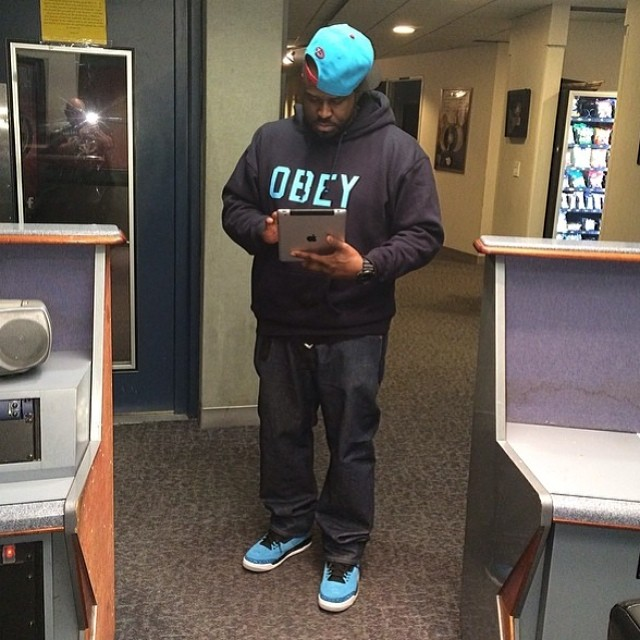 DJ Funk Flex wearing Air Jordan III 3 Retro Powder