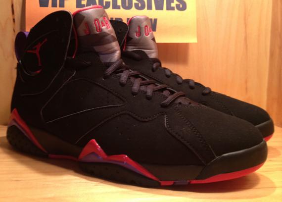 sports shoes 15200 40d8b Air Jordan 7 Retro - Black True Red-Dark Charcoal-Club Purple - Detailed  Look