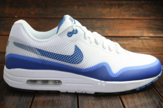 revendeur cb8d0 78c02 Nike Air Max 1 Hyperfuse - OG White/Blue | Sole Collector