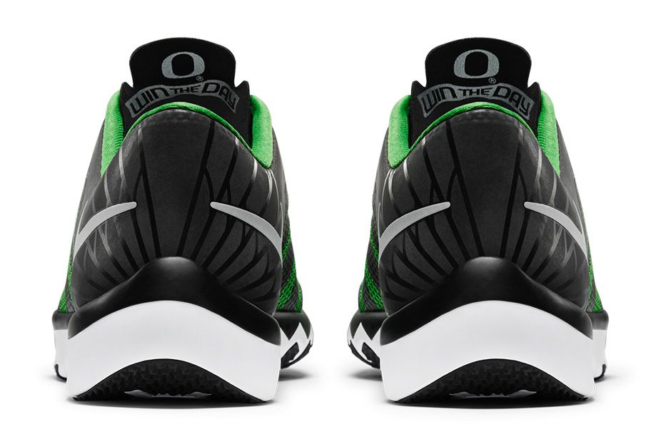 9c71b5b3a980 Oregon Ducks Get Spoiled With Another Nike Trainer