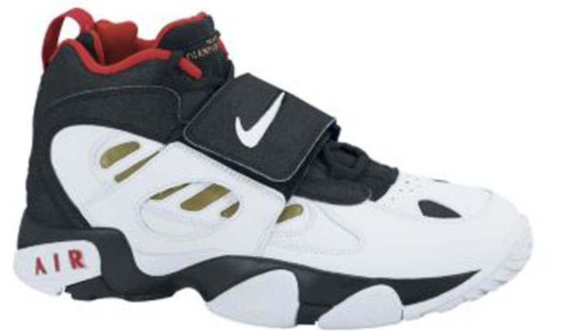 e06a9f6cd946 Nike Air Diamond Turf II Black White-Metallic Gold-Varsity Red