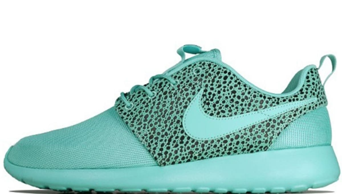 best sneakers b9ce6 03d13 Nike Roshe Run Premium Crystal Mint Black   Nike   Sole Collector