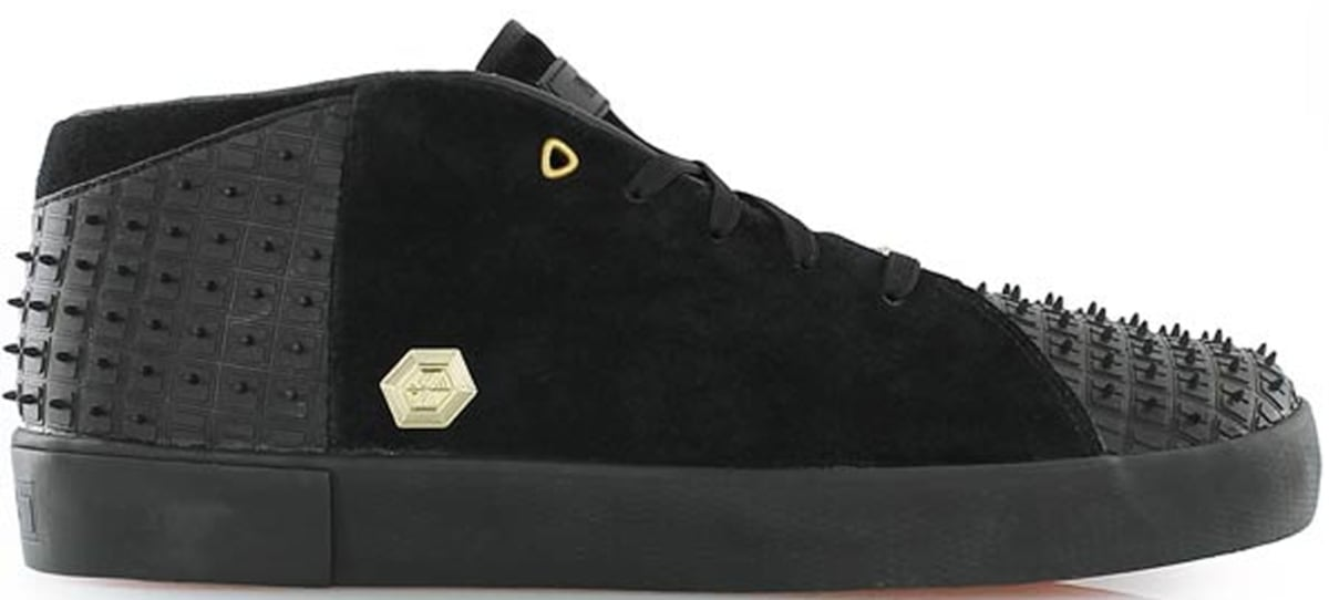 1de7f0b5bd47b Nike LeBron XIII Lifestyle Black