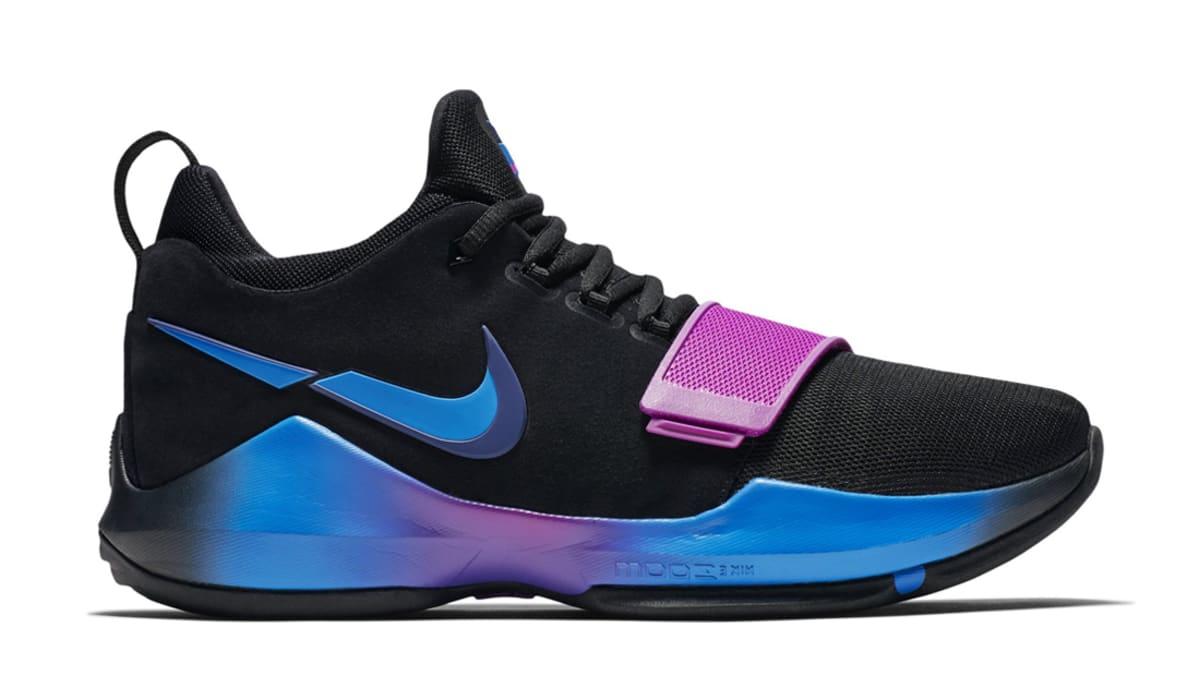 Nike Violet Shoes