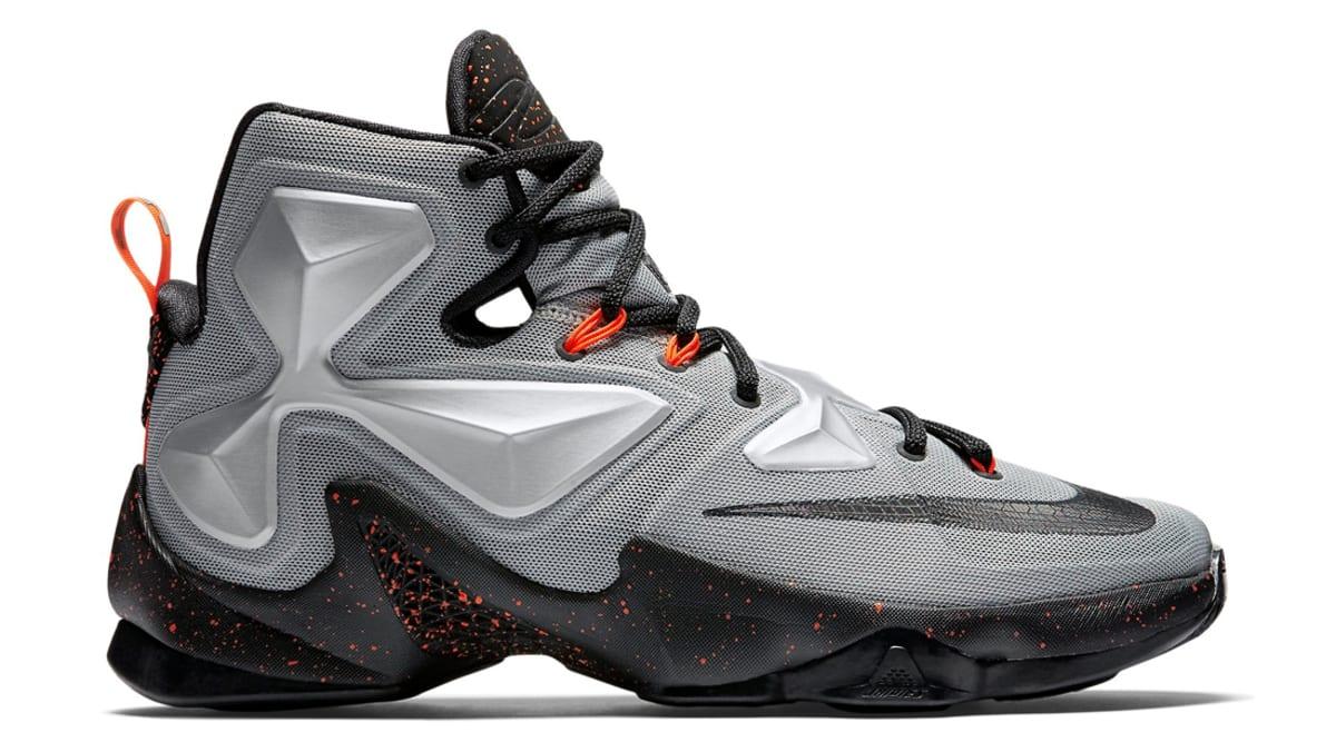 Nike LeBron 13 Low White/Silver Sole