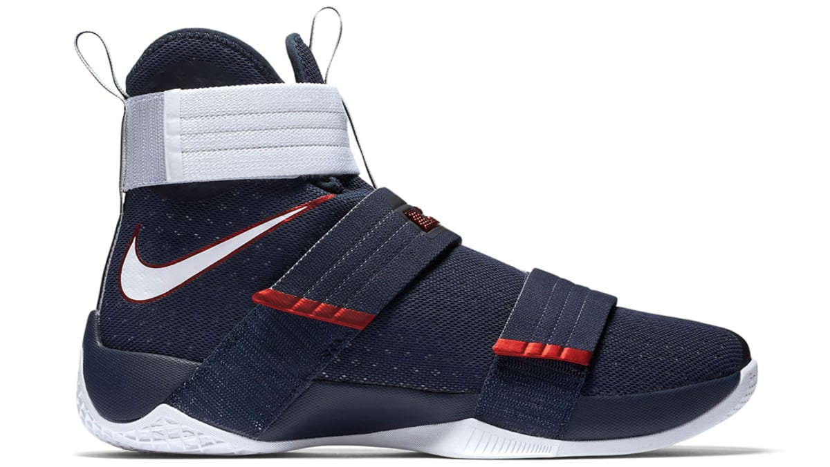 fa8e3c74daa Nike Zoom LeBron Soldier 10