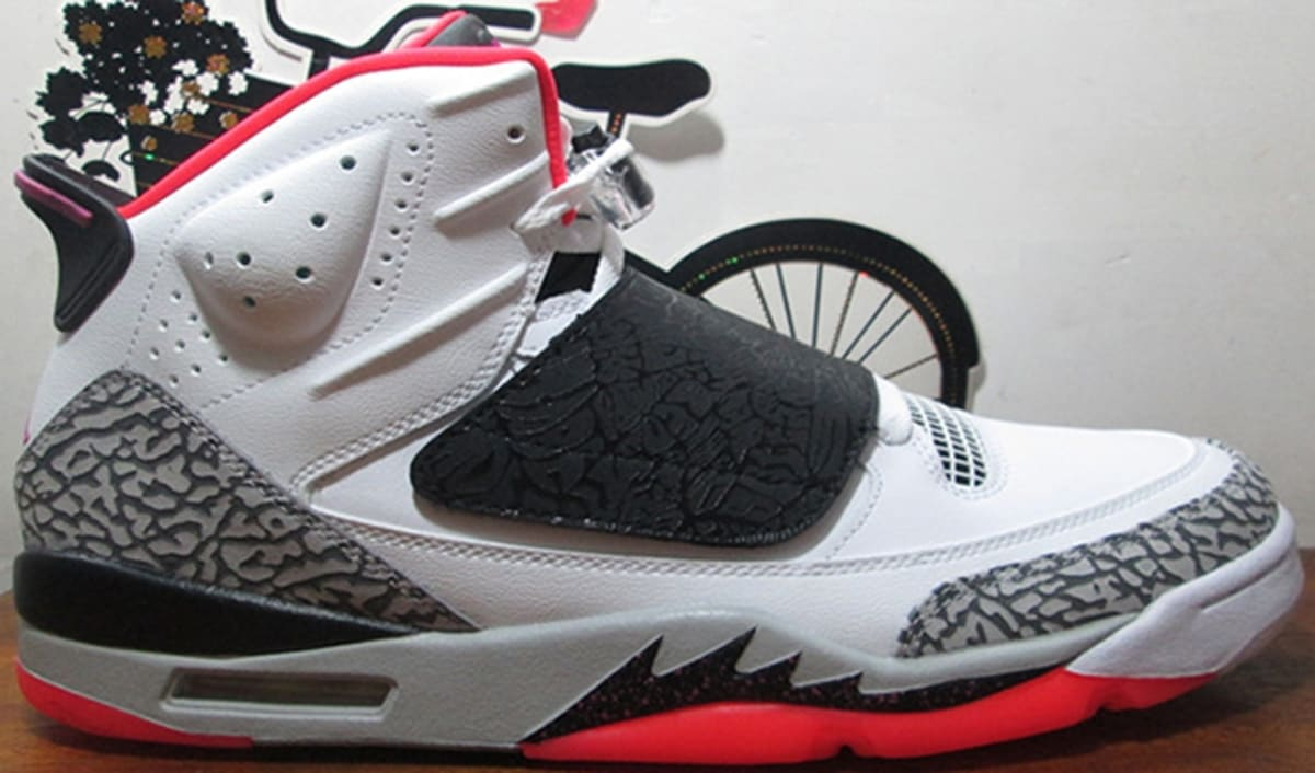 90ed3eb582ca53 Jordan Son Of Mars White Fuchsia Flash-Black-Wolf Grey-Hot Lava
