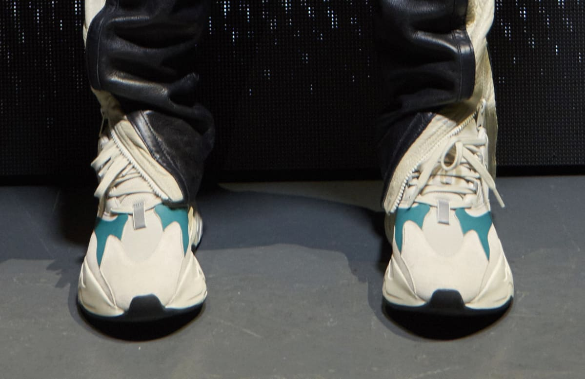 Yeezy Runner White/Teal