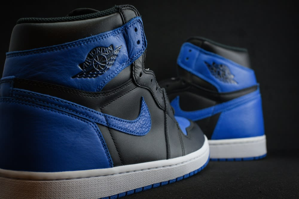 Air Jordan 1 Royal Release Date Heel 555088-007