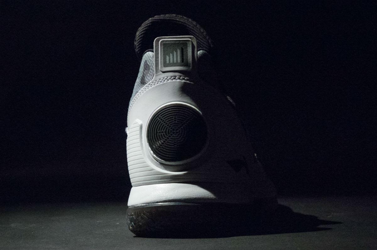 Li-Ning Way of Wade 5 Grey Camo Release Date Heel
