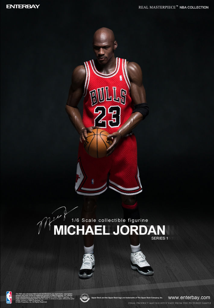NBA x Enterbay Michael Jordan 1/6 Scale 'Away' Figure (1)