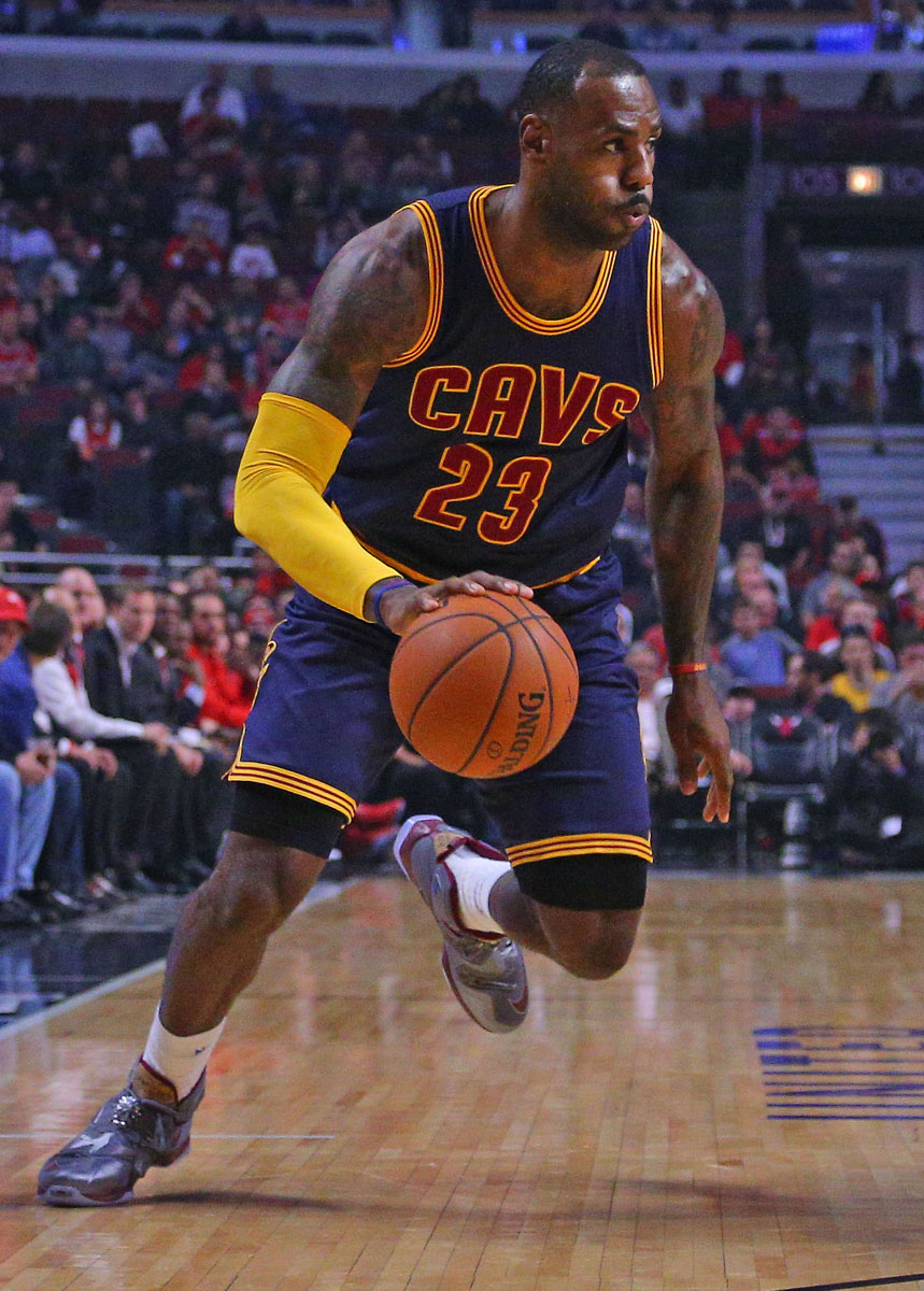 LeBron James wearing the 'Opening Night' Nike LeBron 13 (2)