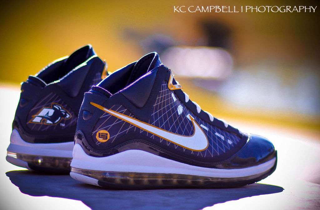 Spotlight // Pickups of the Week 12.29.12 - Nike LeBron VII Akron PE by KCbruins1919