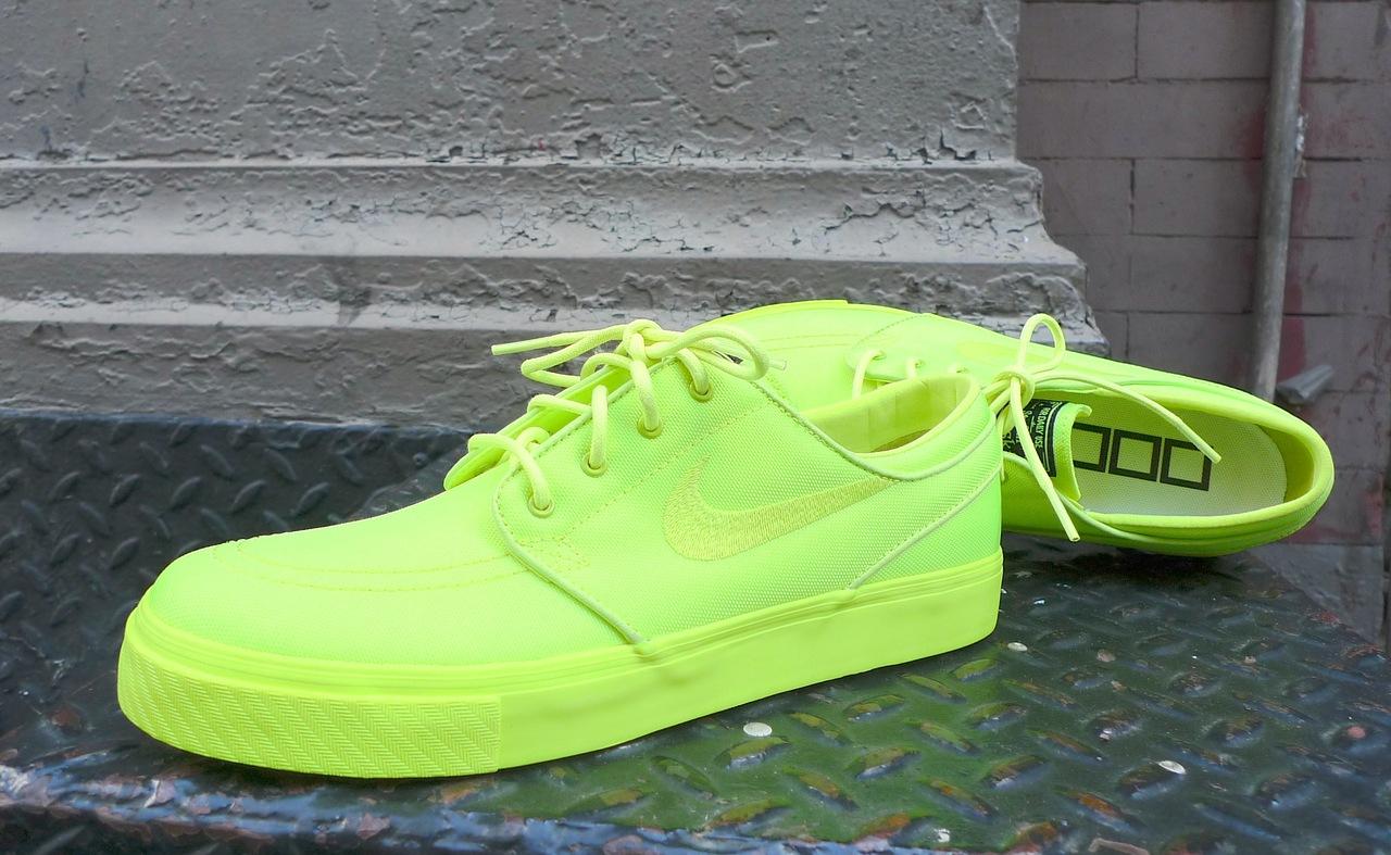 Nike Sb Stefan Janoski Neon Blue  03b6147f0e74