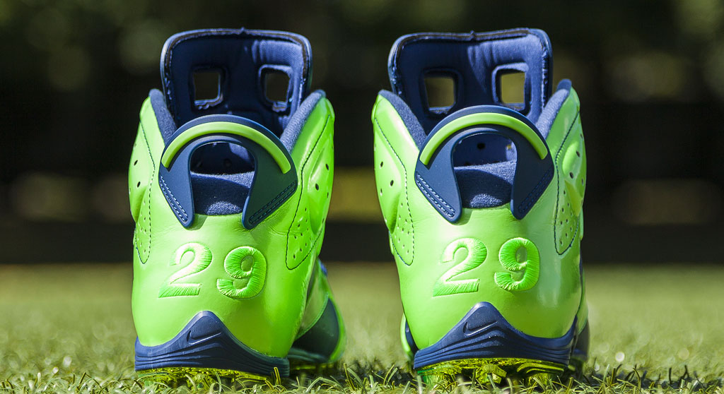 Earl Thomas' Air Jordan VI 6 Seahawks PE Cleats (2)