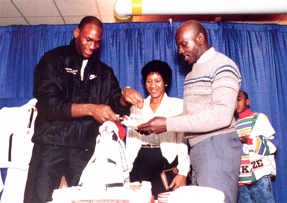 52 Michael Jordan Photos (43)