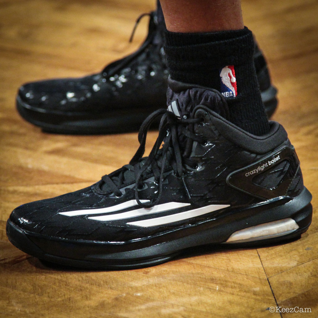 Sebastian Telfair wearing adidas Crazylight Boost