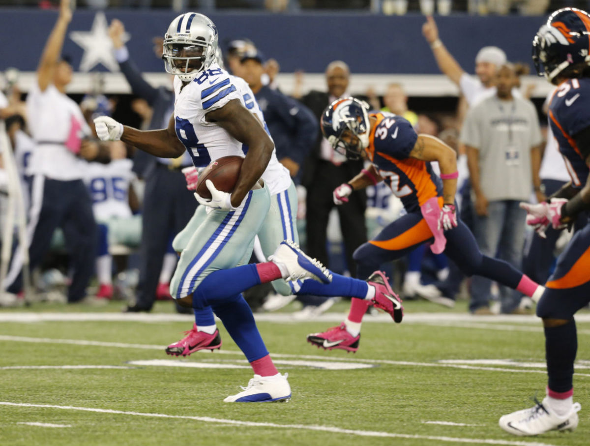 Dez Bryant Wears Air Jordan 12 XII Low Dallas Cowboys PE Cleats (8)