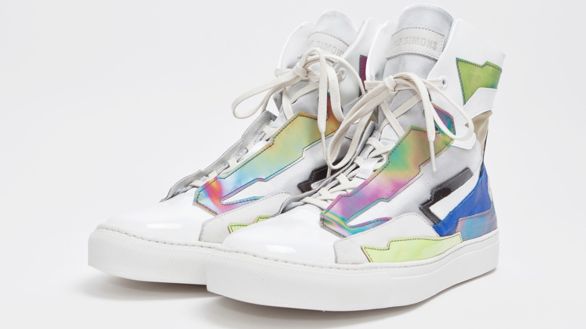 330d4fd90b18f Raf Simons presents a new colorway of the Holographic Space Sneaker