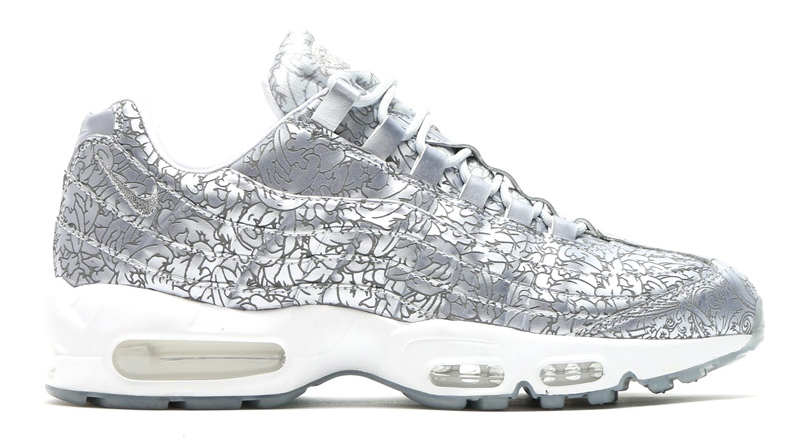 c60bdd4592916 The Details on the  Platinum  Nike Air Max 95 Are Insane