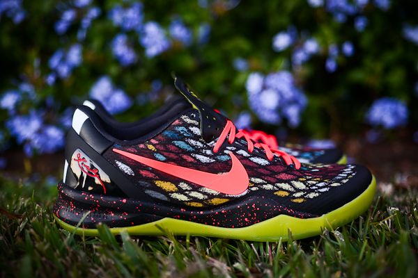 Nike KOBE 8 SYSTEM - Christmas | Sole Collector