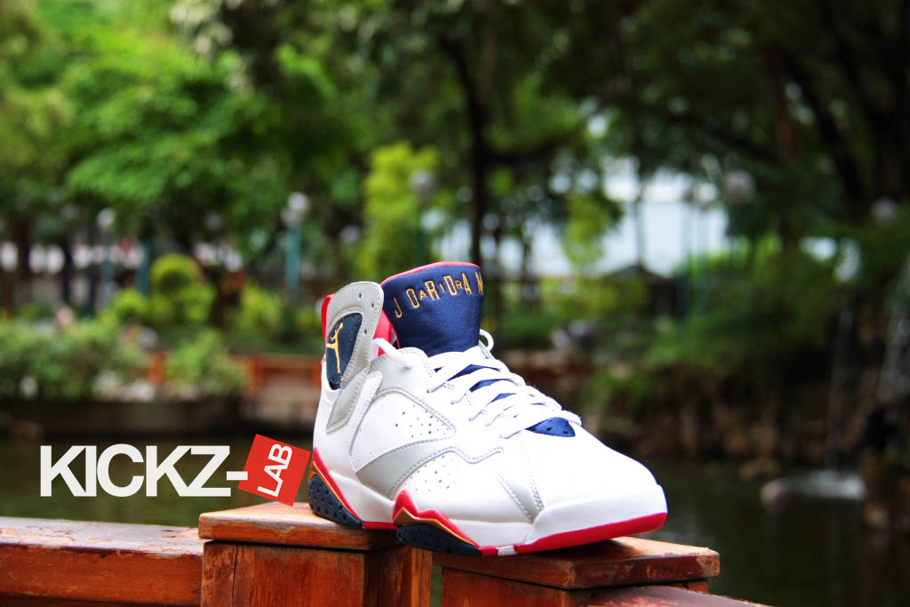 Air Jordan VII 7 Retro Olympic 304775-135 (1)