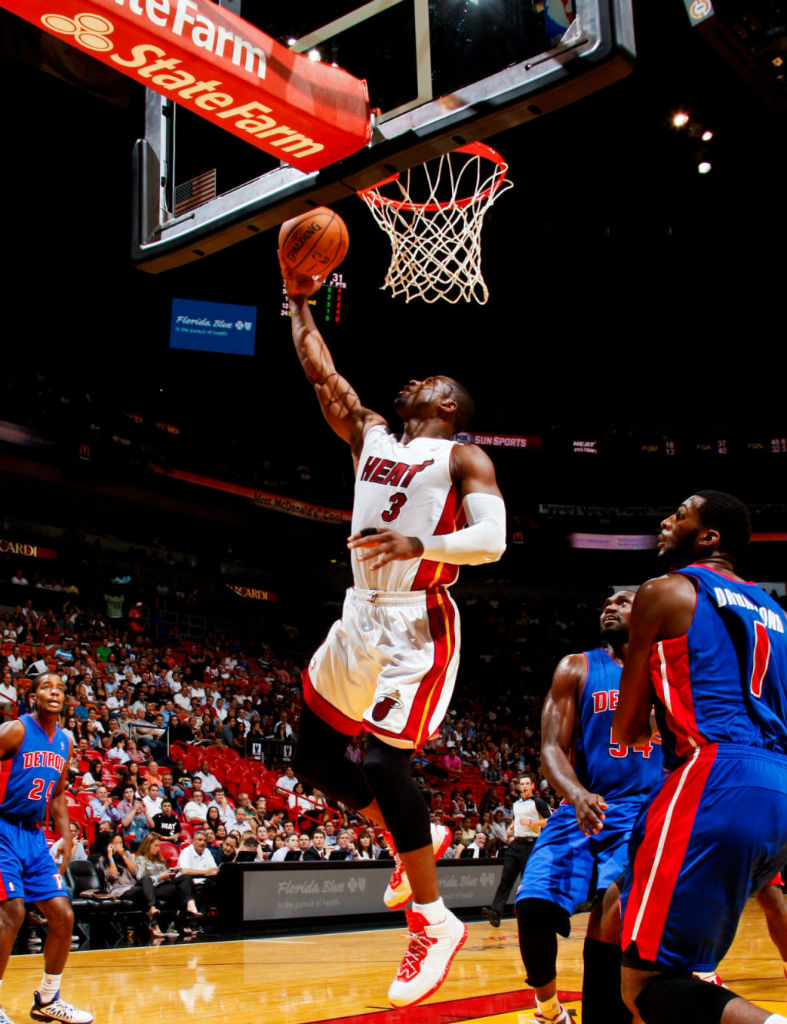 Dwyane Wade Wears Li-Ning Way of Wade White/Red (6)