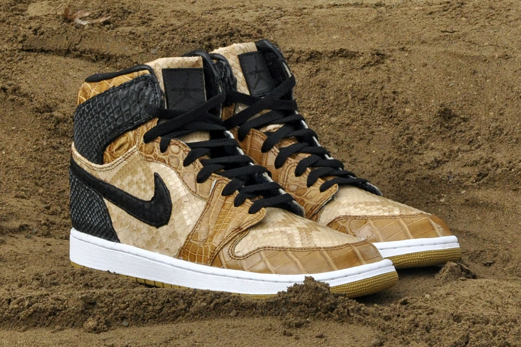 Air Jordan 1 Desert Storm by JBF Customs (5)