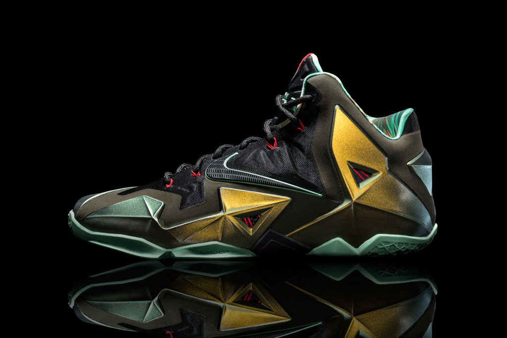 Nike LeBron XI 11 King's Pride Official (1)