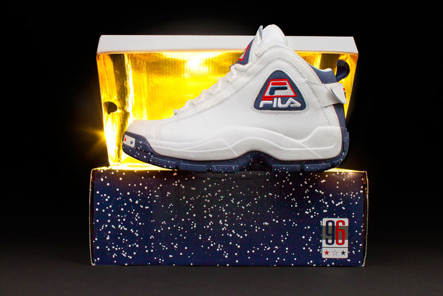 new style ed894 1cbff ... because the Olympic 96 drops at the stroke of midnight (12 00 AM)  tonight, Friday November 29th in very limited quantities only at FILA.com.
