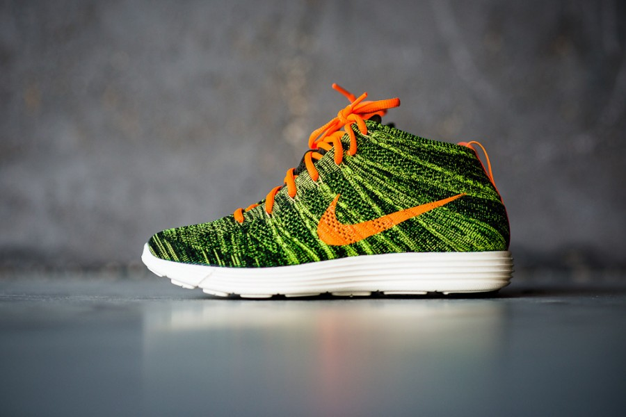 pretty nice 4c443 860db ... new style nike flyknit chukka parachute gold total orange bdb6c 98aff