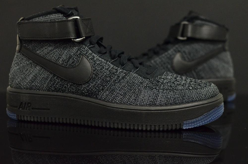 buy online 7d4df fbed0 Nike Air Force 1 Flyknit Black (3)