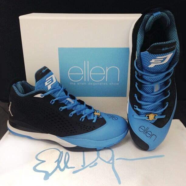 reputable site 8fa1c ad6e1 Ellen DeGeneres Gives Chris Paul Custom Jordan CP3.VII (2)