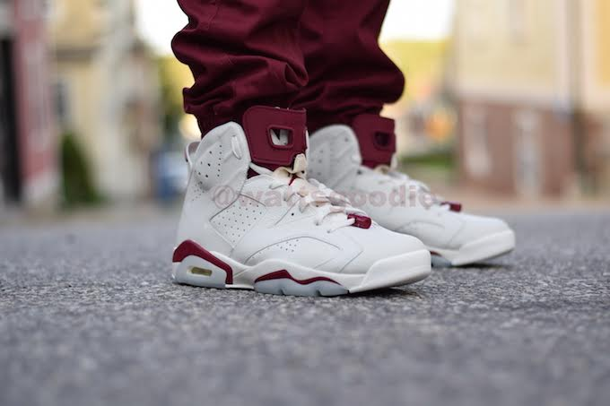 Air Jordan 6 Maroon On-Foot 384664-116 (3)