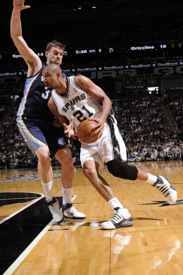 Tim Duncan wearing the adidas TS Bounce Commander