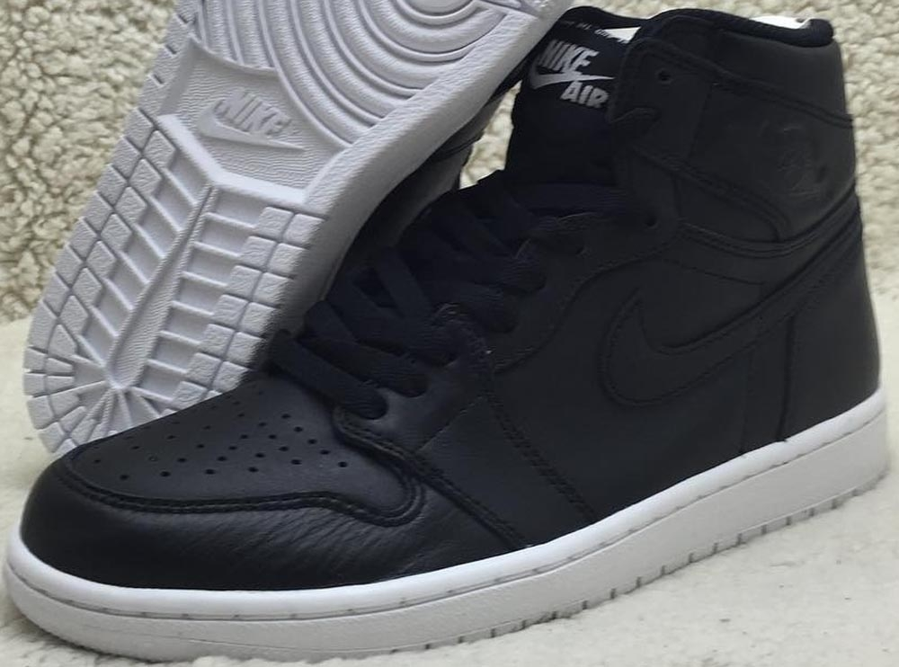 Air Jordan 1 Retro High OG Black/Dark Grey-White